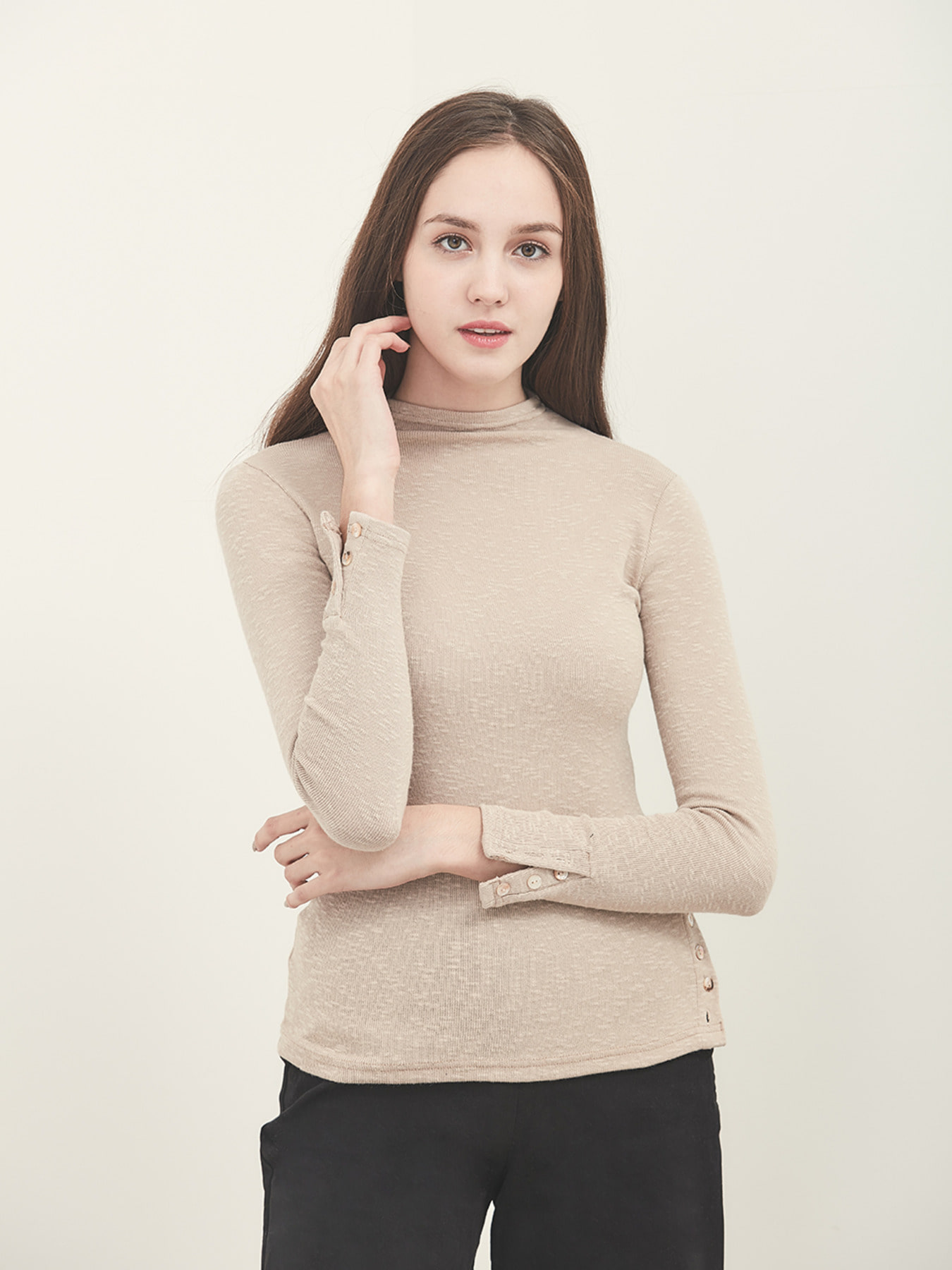BUTTON SEXY LONG SLEEVE (BEIGE)
